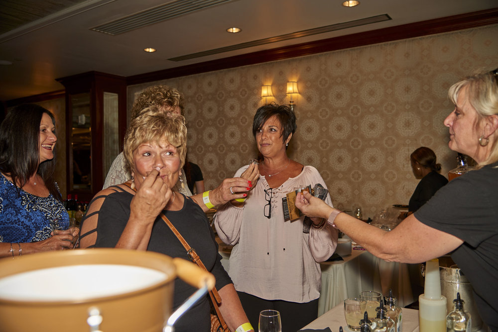 Uncorked-Uncapped-PhotoSesh-09282017-0135.jpg