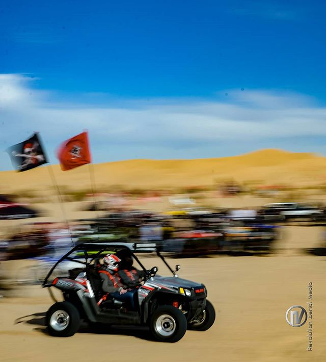 Out in the #desert for #newyears  #glamis to be exact. Some serious #bigboytoys  #polaris #rzr #nikon #nikon_photography_ #d600 #glamispics #glamissanddunes #sanddunes #desertlife #instagood #instagram #instagramhub #gofast #itsfast #iger #igers #socal #california #californiaadventure #adventure
