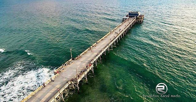 #newportbeach #newport #newportbeachpier #beach #beachlife #pier #piershots #ocean #iconsofsurf #socal #california #photodaily #phantom3pro #phantom3professional #phantom3 #dronestagram #drone #dronesaregood #drones #aerialphoto #oceanlife #aerialphotography #aerialphotos #postcard