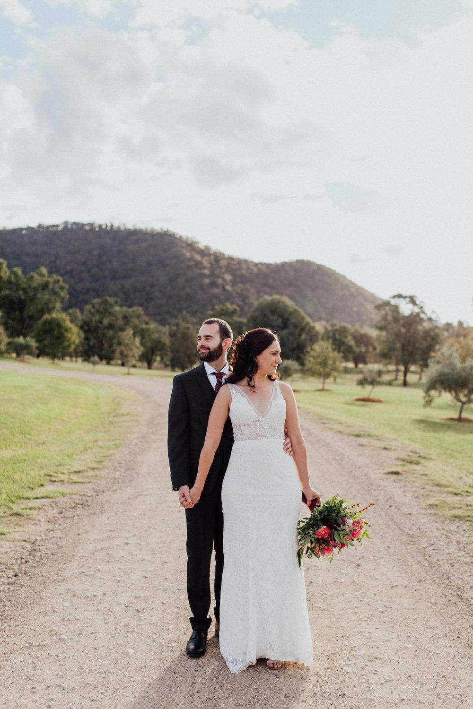 WeddingPhotos_Facebook_2048pixels-1323.jpg