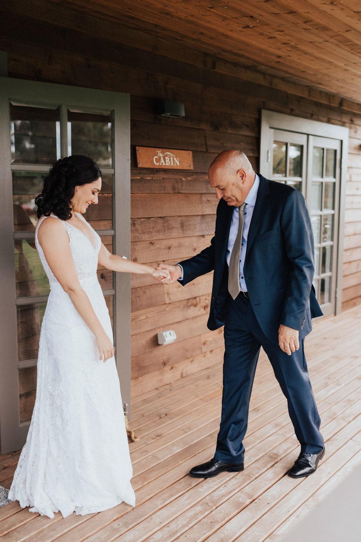 WeddingPhotos_Facebook_2048pixels-1067.jpg