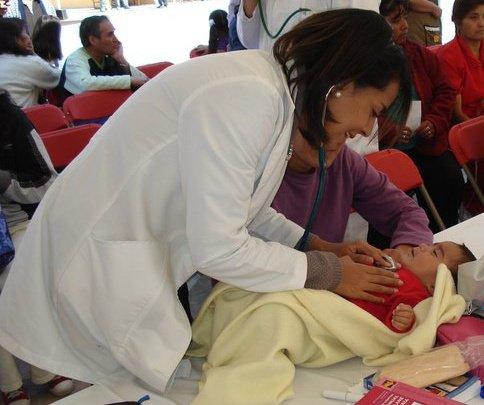 MEDECINE - Elle m'a aidé à COMPRENDRE d'une façon scientifique et détaillée le fonctionnement et le dysfonctionnement du corps2007 à 2012 Ecole Supérieur de Médecine, IPN –Médecine générale au Mexique2012 à 2013 Faculté UFR de Médecine Paris 7 Diderot -Médecine