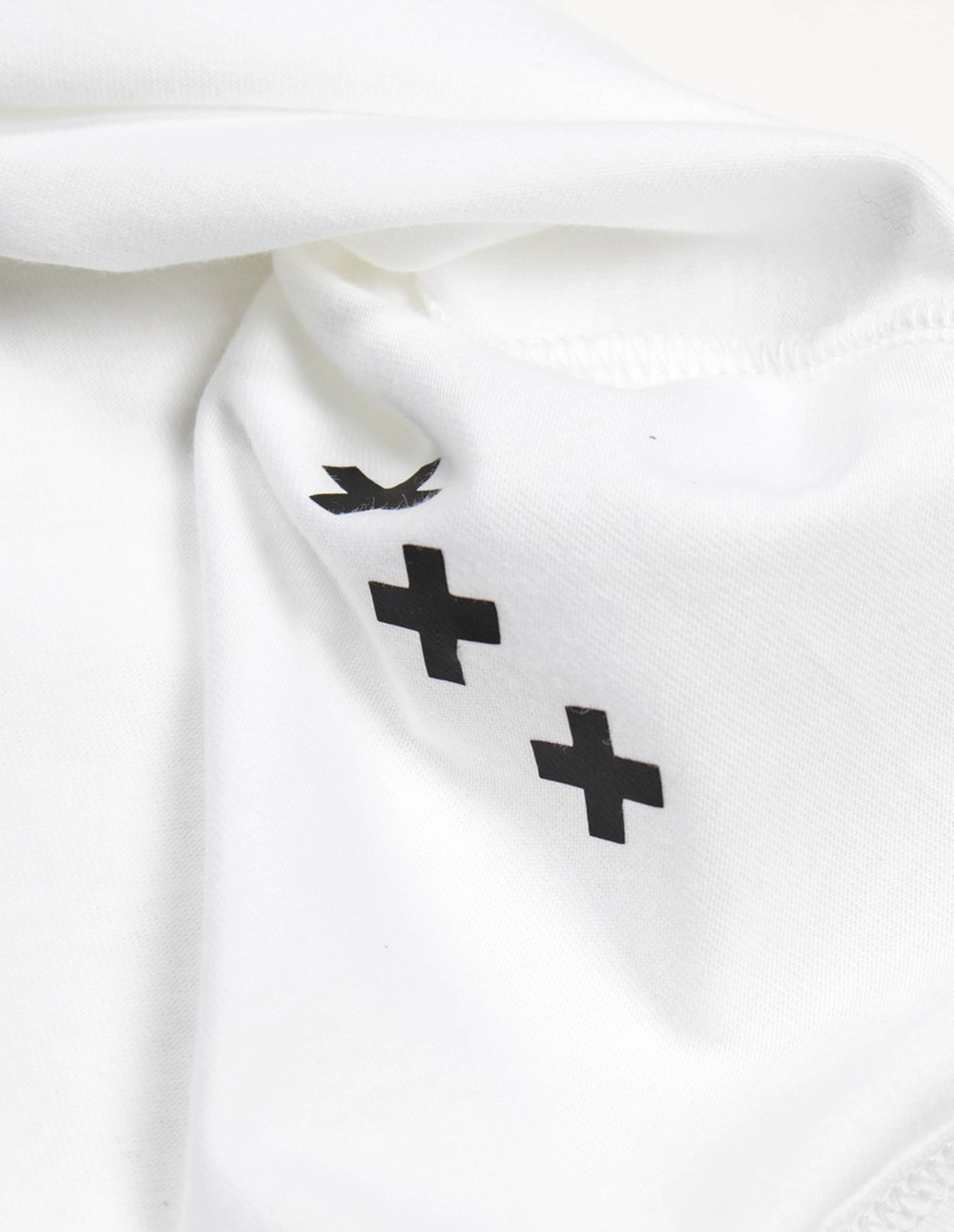 simon_me-afura-t-shirt-01.jpg