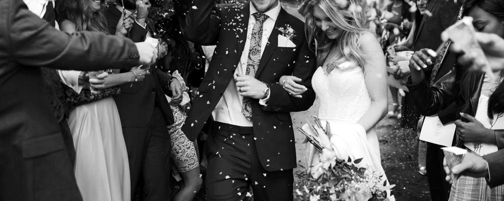 wedding-anniversary-presents.jpg