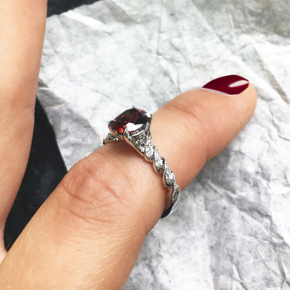 A ring to cherish every day - She decided do to create a ring with Emi that makes the red colour of the spinel pop surrounded by a delicate woven motif of diamond pave.