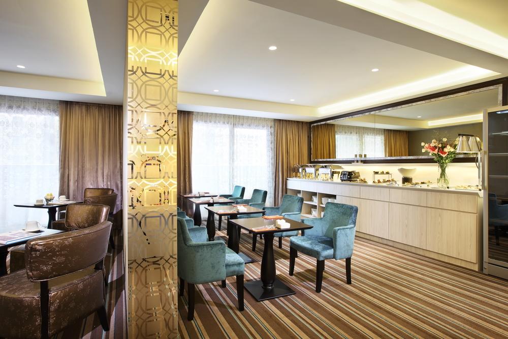 Peranakan Lounge.JPG