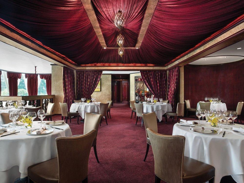 Tang-Court-Cantonese-Restaurant-Hong-Kong-Dining.jpg