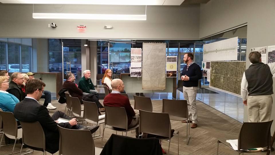 Bexley considers bikeways, with a presentation by Mayor Ben Kessler. Photo credit: Catherine Girves