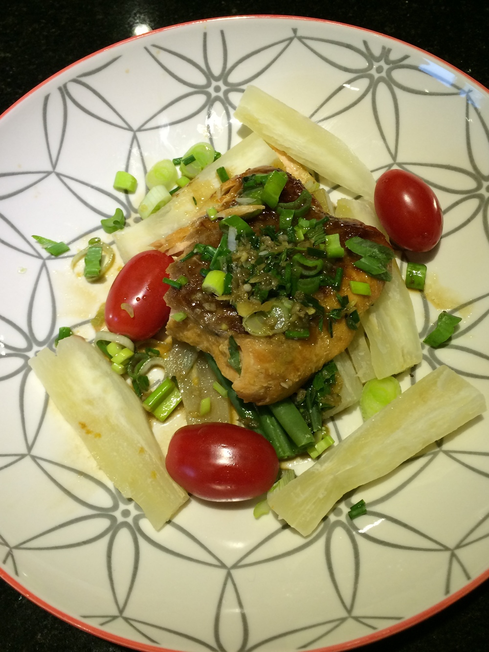 AFRICAN CASSAVA & SALMON SALAD WITH VINAIGRETTE DRESSING