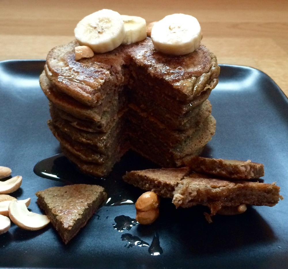 Tasty pancakes with green plantain and gingerbread