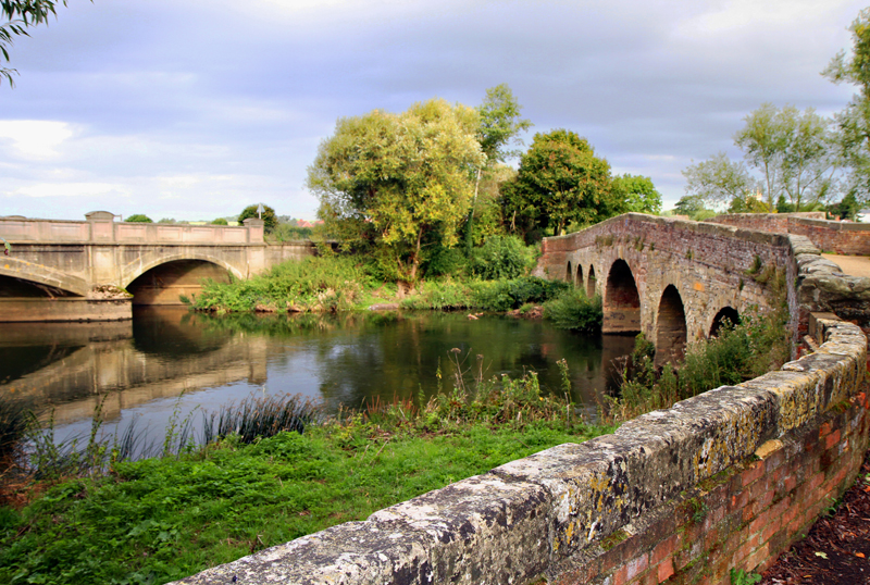 New & Old Bridges, Pershore, Worcs.