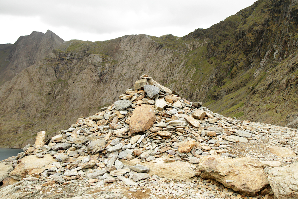 Wales84.jpg