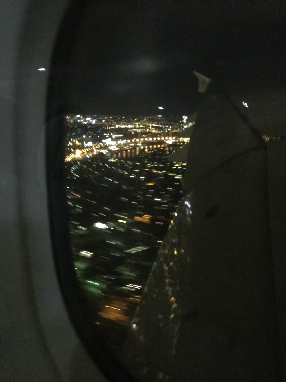 First (very blurry!) glimpse of Sydney, hope to do better tomorrow:)