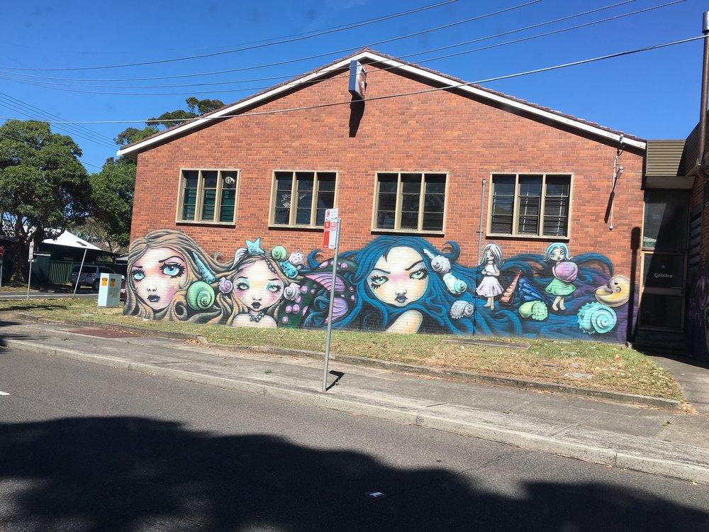 Cool graffiti :)