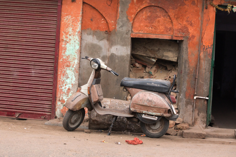Rusty moped, Agra, Uttar Pradesh, India