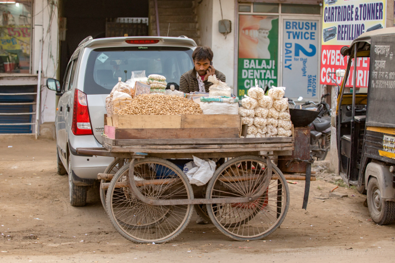 Peanut seller, Gargaon, Haryana, India