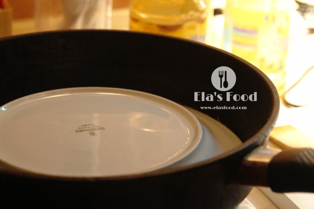 easy-how-to-make-mushroom-recipe-omelette-cheese.JPG