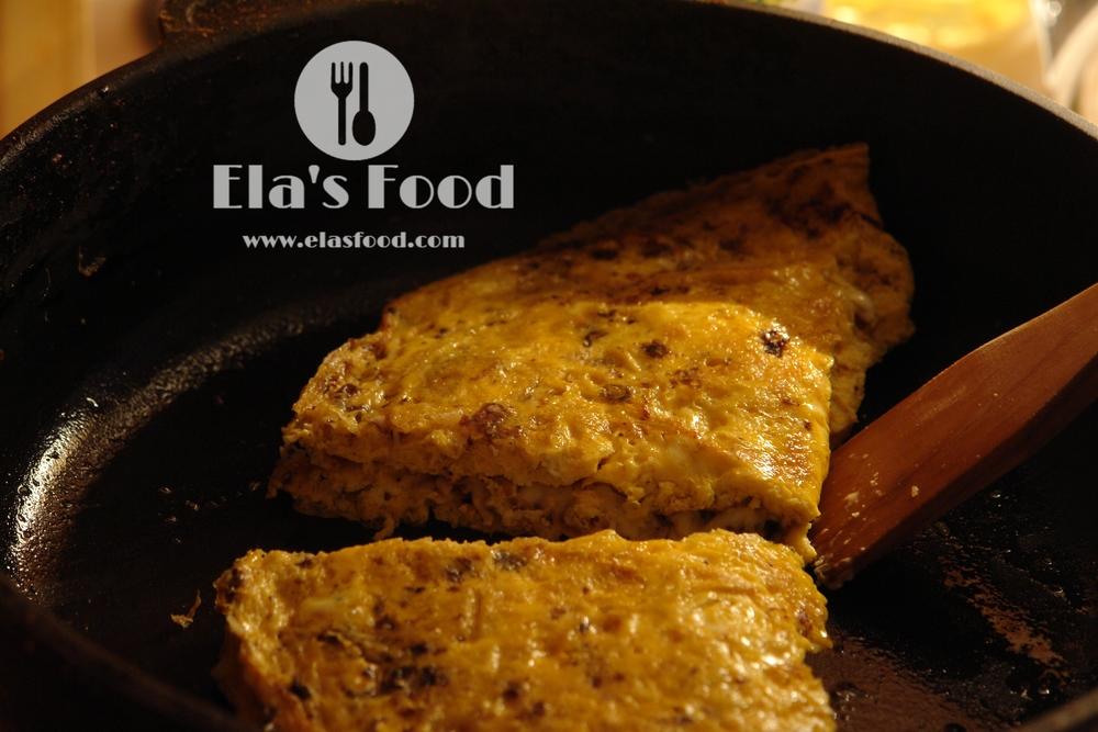 butter-best-mushroom-recipe-omelette-cheese-calzone.JPG