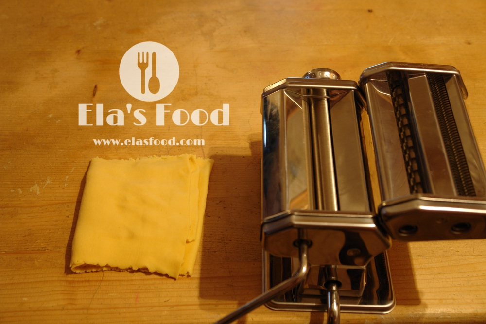make-homemade-tagliatelle-pasta-machine.JPG