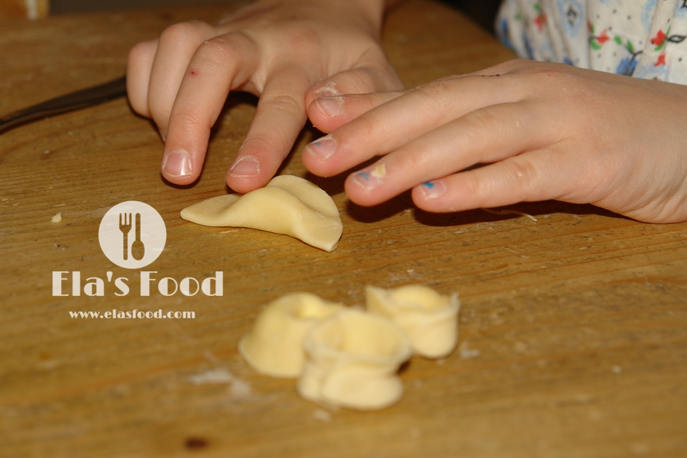 how-to-kids-cooking-pasta.JPG