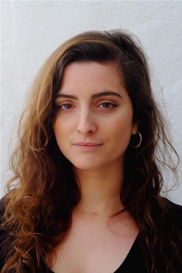 Isabella Blythe Spotlight Pin:8418-5640-4968