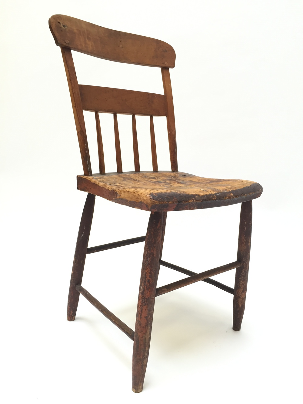 DISTRESSED WOODEN CHAIR