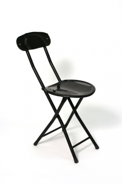 SMALL BLACK METAL FOLDING CHAIR