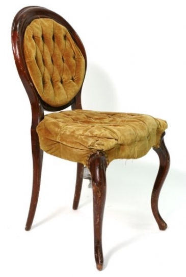 FRENCH+GOLD+TUFTED+CHAIR+19%22x20%22x35%22.jpg