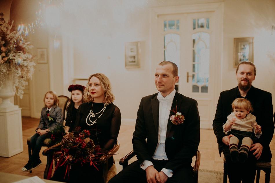 winter-wedding-photography-zukography 16.jpg