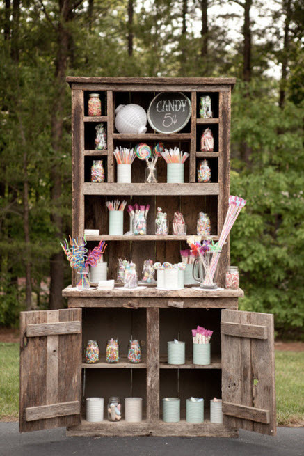 Rustic_Candy_Bar_Ideas_2_Piece_of_Cake_Wedding_Decor.jpg
