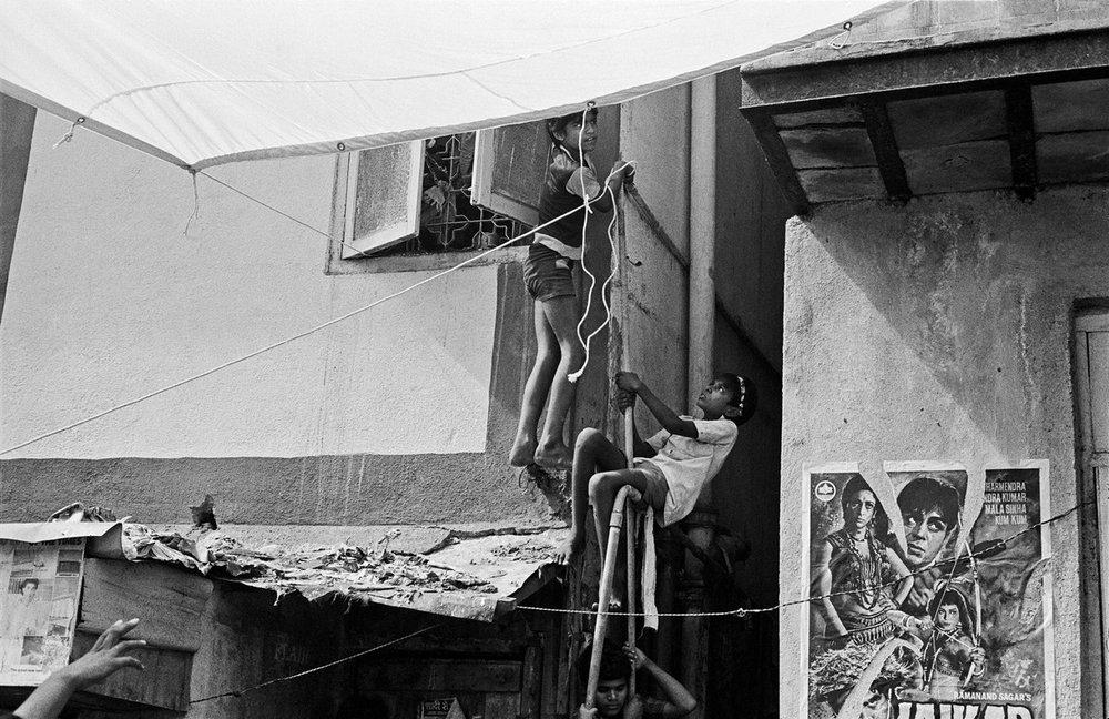 "Shooting Salaam Bombay! , Kamathipura Bombay 1987 | Archival pigment print | 24"" x 35"""