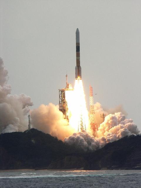 Japanese+h-iia+rocket