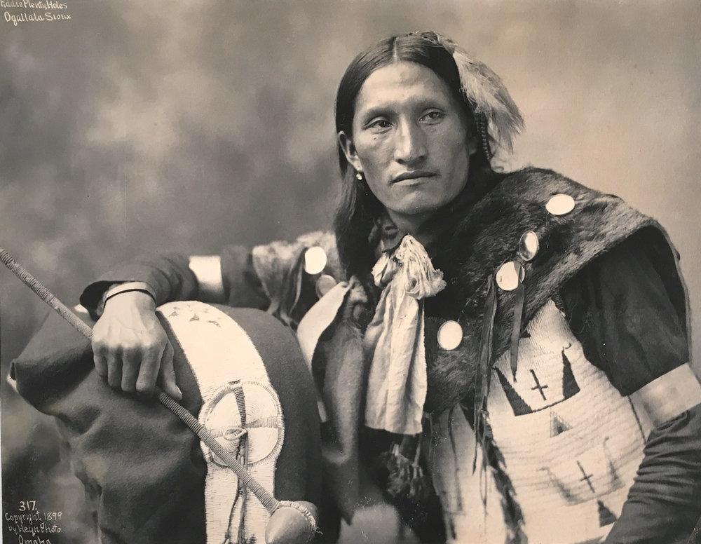 Herman Heyn Eddie Plenty Holes Ogalla Sioux 1899.jpg