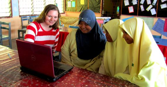 Fulbright English Teaching Assistant Andrea Williamson Works With Students in Malaysia (State Department photo)