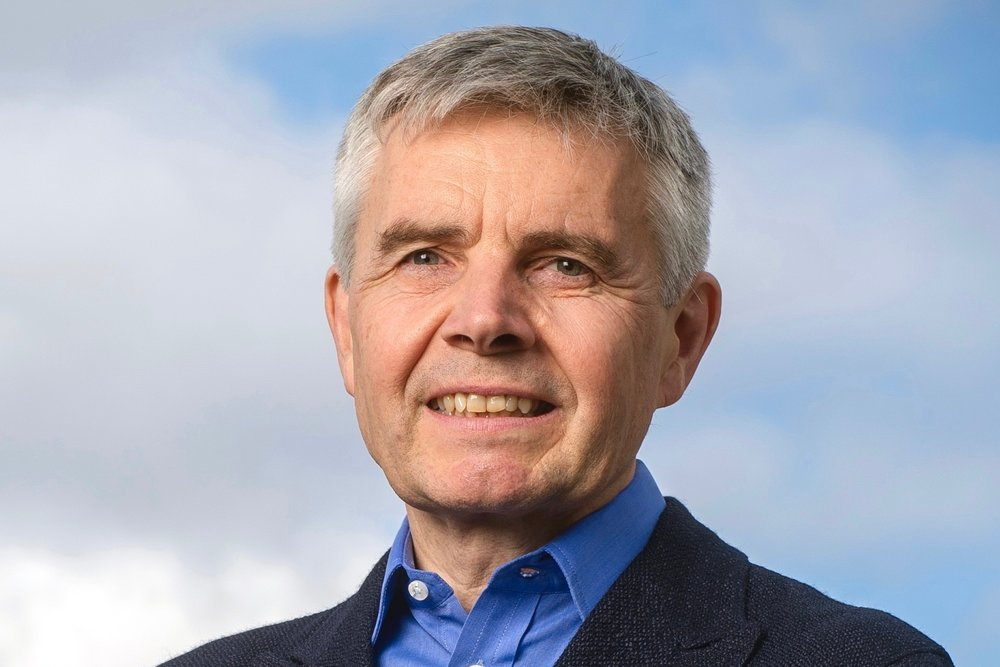 Lord Drayson   CEO & Founder -  Drayson Technologies   Based:London