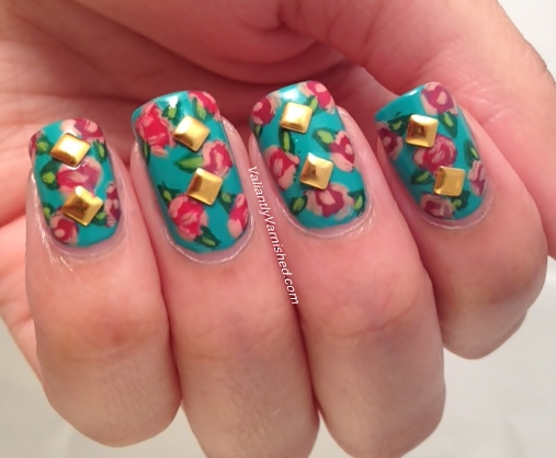 3d nail art week and artsy wednesday inspired by a brand roses i used two coats of china glaze four leaf clover as my base color i then added splotches of american apparel angeline for the flowers prinsesfo Choice Image