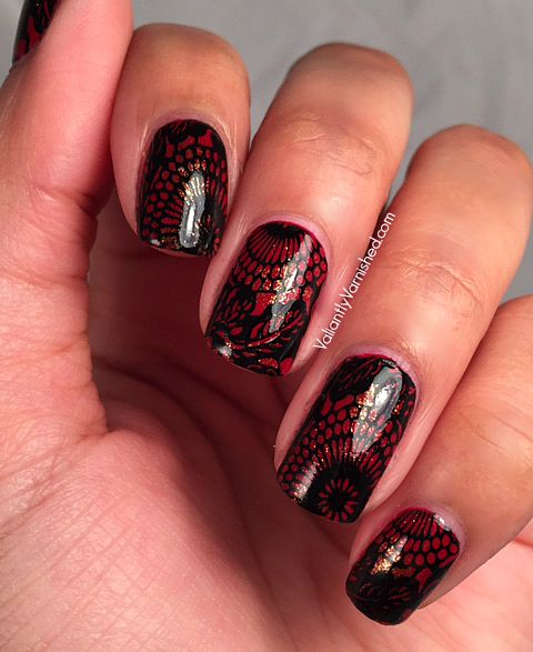 31DC2015-Day1-Red-Nails-Pic1.jpg