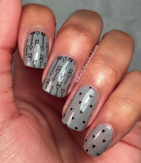 31DC2015-Day15-Delicate-Print-Nails-Pic1.jpg