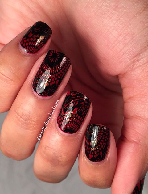 31DC2015-Day1-Red-Nails-Pic3.jpg