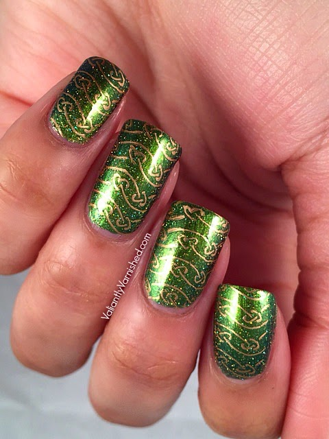 Sunday Stamping: St. Patrick\'s Day - Celtic Love Knot Nail Art ...