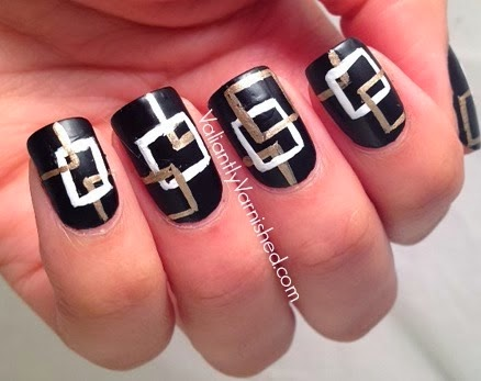 Chanel-Coco-Noir-Nails-Pic2.jpg
