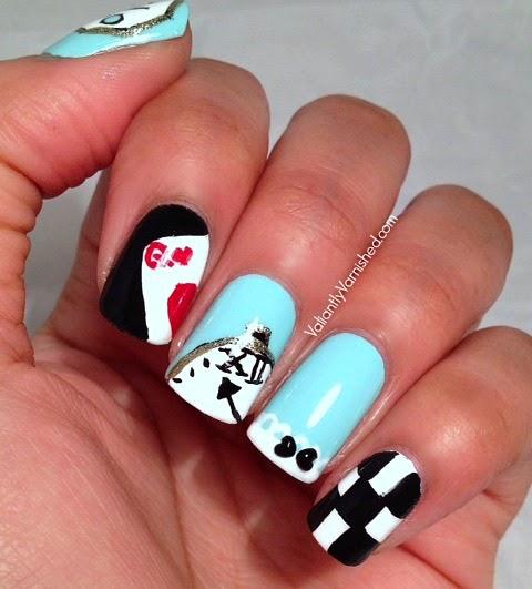 Alice-in-Wonderland-Nails-Pic4.jpg