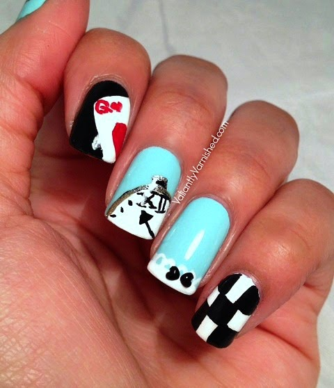 Alice-in-Wonderland-Nails-Pic1.jpg