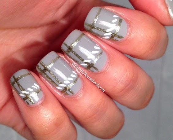 Minimalist-Plaid-Nail-Art-Pic2.jpg
