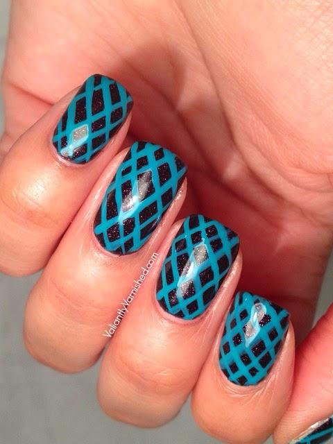 Geometric-Teal-Nail-Art-Pic3.jpg