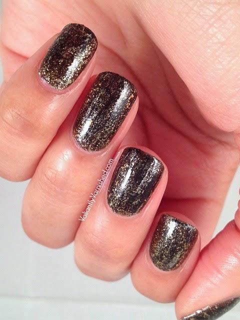 31DC-Day-17-Glitter-Nails-Pic2.jpg
