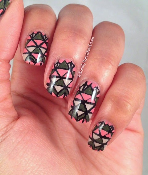 31DC-Day16-Geometric-Nails-Pic1.jpg