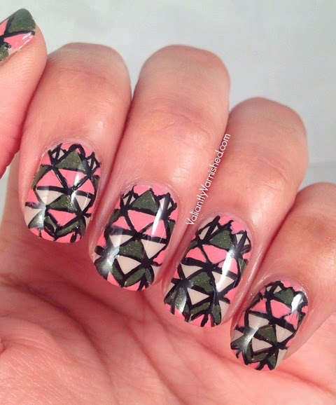 31DC-Day16-Geometric-Nails-Pic2.jpg