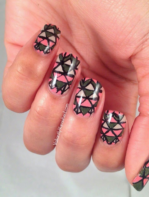 31DC-Day16-Geometric-Nails-Pic3.jpg