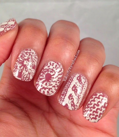 31DC-Day15-Delicate-Nails-Pic3.jpg